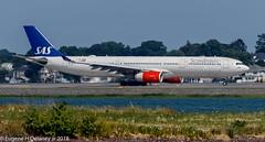 "Scandinavian Airlines System, SAS, LN-RKM, 2002 Airbus A330-343, MSN 496, ""Eystein Viking"" (Gene Delaney) Tags: scandinavianairlinessystem sas lnrkm 2002airbusa330343 msn496 eysteinviking"