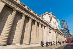 AFS-2017-00837 (Alex Segre) Tags: bankofengland exterior outside iconic famous landmark landmarks facade building buildings architecture people capital city cities london england britain uk english british europe european sunny sunshine bluesky travel in a alexsegre