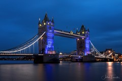 Tower Bridge, London (www.fromentinjulien.com) Tags: fromus75 fromus fromentinjulien fromentin flickr view exposure shot hdr dri manual blending digital raw photography photo art photoshop lightroom photomatix french francais light traitements effets effects world europe uk england londres london capitale capital ville city town città cuida colocación monument history 2018 photographe photographer dslr eos canon 5d mark iv fullframe full frame ff 2470mm 2470 canonef2470mmf28l canon2470mmf28 urban travel architecture cityscape thames tamise towerbridge bluehour twilight