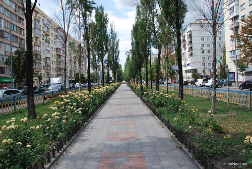 Київ, бульвар Лесі Українки  InterNetri Ukraine 268