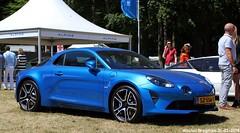 Alpine A110 2018 (XBXG) Tags: sz556t alpine a110 2018 alpinea110 renault coupé coupe blue bleu concours délégance paleis het loo apeldoorn nederland holland netherlands paysbas french car auto automobile voiture française vehicle outdoor