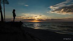 Sunset view (Magda Banach) Tags: balticsea canon canoneos5dmarkiv dźwirzyno tamronsp2470mmf28divcusdg2 beach blue chmury clouds colors nature poland sand sea sky summer sun sunset sylwetka zachódsłońca landscape