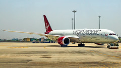 "Virgin Atlantic Boeing B787-9 Dreamliner G-VNEW ""Birthday Girl"" New Delhi (DEL/VIDP) (Aiel) Tags: virginatlantic boeing b787 b7879 dreamliner gvnew birthdaygirl newdelhi delhi canon60d"