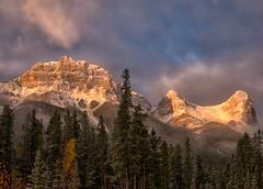 A Mountain Morning (Philip Kuntz) Tags: sunrise daybreak firstlight morning sunup dawn mtlawrencegrassi halingpeak canadianrockies worldmarkcondo canmore alberta canada