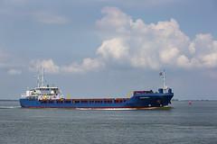 TRANSFORZA (angelo vlassenrood) Tags: ship vessel nederland netherlands photo shoot shot photoshot picture westerschelde boot schip canon angelo walsoorden cargo transforza