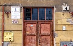5 x 4 (roberke) Tags: deur door windows ramen vensters muur facade signes tekens architecture architectuur outdoor buiten reflections reflecties detail