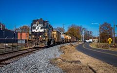 P43 at the HG 43 (Matthew DeLanghe) Tags: highhood hg norfolksouthern northcarolina ns nc train rail rr road fall
