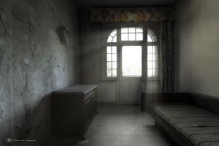 final curtain (explore)