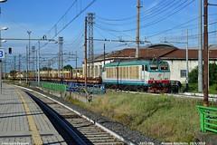 Vuoti in testacoda (Francesco Fagnoni2) Tags: locomotiva e652 mir livrea xmpr mrv cuneo domoii novaraboschetto trainspottig trenitalia trenitaliacargo testacoda