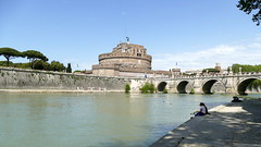 Castel Sant'Angelo ... (Augusta Onida) Tags: castelsantangelo roma lazio italia italy panorama landscape leicam fiume river tevere ponte bridge water sky geometric building tree