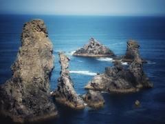 Les Aiguilles de Port-Coton (LUMEN SCRIPT) Tags: concordians portcoton bretagne france glamorous glamour unsharp blur tourism travel ocean blue landscape seashore seaside seascape sea rock