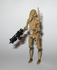 battle droid dirty version star wars episode 1 the phantom menace collection 1 basic action figures 1999 hasbro k (tjparkside) Tags: battle droid droids dirty version star wars episode 1 one collection tpm phantom menace hasbro basic action figure figures versions variant variants backpack blaster pistol pistols blasters trade federation army foot soldier soldiers 1999 commtech chip display stand base roger