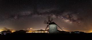 Tefía and the Milky Way.