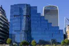 Northern & Shell Building (l4ts) Tags: landscape capital citycentre northernshellbuilding walkietalkiebuilding rivercruise reflections