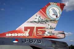 J-879_F-16Tail_NetherlandsAF_FFD (Tony Osborne - Rotorfocus) Tags: royal international air tattoo 2018 raf fairford general dynamics fokker f16 fighting falcon viper tail netherlands force holland