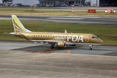 JA09FJ Fukuoka 31/10/15 (Andy Vass Aviation) Tags: fukuoka fujidreamairlines emb170 ja09fj