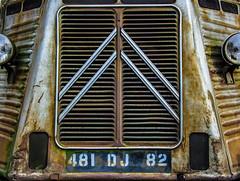 Van-ishing (MindSpigot) Tags: citroen van citroenhvan rusty moss decay london french france old vehicle grill frontofvan kensalrise nw10 brent rust londonboroughofbrent mossy vintage classic