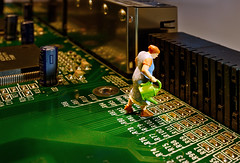 Inside Electronics - HMM (david_drei) Tags: macromondays insideelectronics hmm preiser minis