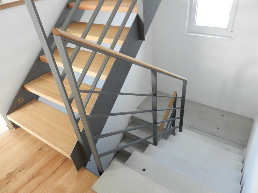 Beeindruckend Schwebende Treppe Referenz Von Flachstahlgeländer An Betontreppe (treppen Kreuzberger) Tags: Geländer