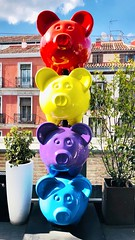 Four little piggies (StartTheDay) Tags: catchycolors amarillo rojo azul cerdo sculpture summer mercadosananton roof spain madrid bright colourful colorful colour color piggies pig pigs pug blue purple yellow red