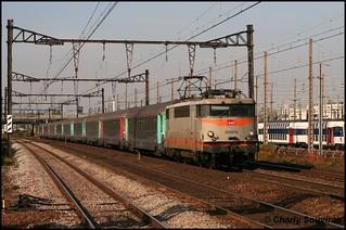 La BB 9214 passe aux Ardoines le 10 octobre 2008, TER Paris-Austerliz - Orléans.