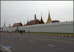 Bangkok Grand Palace Wall 20180128_114302 DSCN1964 (CanadaGood) Tags: asia seasia asean thailand thai ราชอาณาจักรไทย bangkok krungthep palace temple wall building architecture canadagood 2018 thisdecade color colour