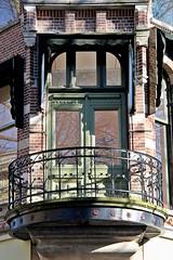 Mariaplaats 5 (just.Luc) Tags: nederland paysbas niederlande netherlands utrecht window balcony balkon balcon raam venster fenster fenêtre building gebouw gebäude bâtiment architectuur architecture architektur arquitectura europa europe