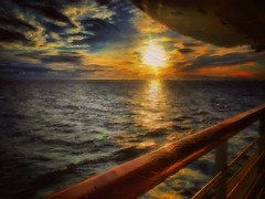 Into the West (mary.fennell) Tags: cruise ship ocean pacific glazeapp