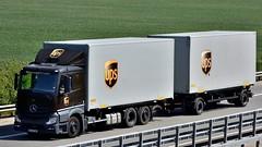 D - ups MB New Actros Classicspace (BonsaiTruck) Tags: ups mb actros classicspace lkw lastwagen lastzug truck trucks lorry lorries camion caminhoes