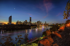 Kangaroo point cliffs 2018 (merbert2012) Tags: brisbane australia river longexposure clouds cityscape city sunset reisen travel nikond810 queensland