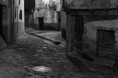 Noche en Valverde de la Vera (Eduardo Estéllez) Tags: spain background landscape outdoor architecture view building house antique city ancient europe scenic scenery town religious medieval valverdedelavera caceres extremadura old style lavera noche nocturna calle tipico arquitectura callejon monocromo blancoynegro historia antiguo turismo turistico estellez eduardoestellez