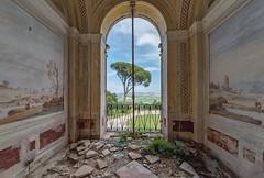(Kollaps3n) Tags: abandoned abbandono villa nikon urbex urbanexploration decay abandonedplaces