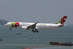 F-WWKM, A330-900Neo, TAP, Hong Kong (ColinParker777) Tags: fwwkm tap air portugal tp a330 a339 a330neo neo 339 a330900 a330900neo cstua flytap airbus industries vhhh hkg hong kong chek lap kok airport finals approach landing water flight flying fly plane airplane aircraft airlines airways airliner new test proving trial tour engines rolls royce canon 5d 5d3 5dmk3 5dmkiii 5diii 100400 l pro lens zoom telephoto
