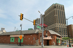 The Gaslight (Flint Foto Factory) Tags: detroit michigan urban city late spring early summer june 2017 bricktown nicks gaslight bar lounge 441 grandriver avenue outside exterior nice dive stop light intersection