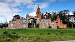 Castillo Pittamiglio (Raúl Alejandro Rodríguez) Tags: castillo castle torre tower árboles trees piedra stone pittamiglio las flores república oriental del uruguay
