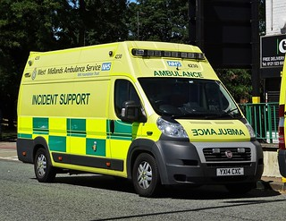 West Midlands Ambulance Service HART Fiat Ducato Incident Support Unit YX14 CXC (4230).