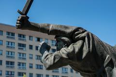 Denkmal der Spanienkämpfer (Berlin-Knipser) Tags: volksparkfriedrichshain berlin deutschland germany friedrichshain spanienkämpfer interbrigadisten fritzcremer sonya6300 sel55f18z