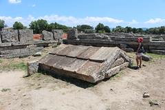 IMG_4932 Paestum (drayy) Tags: paestum rome roman ancient magnagraecia temple town italy europe campania greek