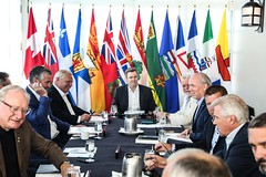 Premiers/premiers ministres during the meeting/durant la rencontre