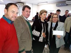 08/06/18 - Esteio/RS: entrega de maquinário com Governador Sartori para diversos municípios gaúchos. A prefeita de Maçambara, Adriane Schramm, e os vereadores José e Nelson.