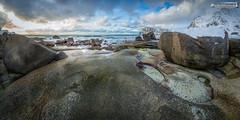 Uttakleiv Beach (dieLeuchtturms) Tags: gezeiten schnee norwegen nordland meer europa küste lofoten atlantik 2x1 panorama winter vestvågøya uttakleiv europe norge norway coast sea shore snow tides no