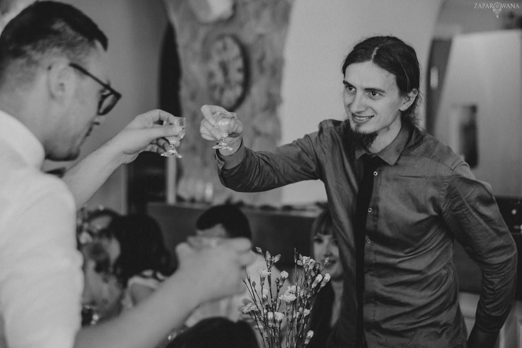 384 - ZAPAROWANA - Kameralny ślub z weselem w Bistro Warszawa
