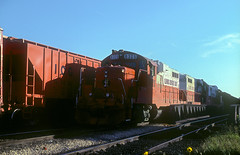 ICG GP10 8325 (Chuck Zeiler) Tags: icg gp10 8325 railroad emd locomotive chicago train chuckzeiler chz
