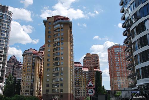 Київ, вулиця Євгена Коновальця  InterNetri Ukraine 365