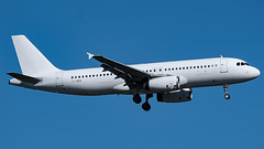 LY-VEQ-1 A320 DUS 201807