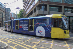 Manchester Metrolink 3030 (Mike McNiven) Tags: manchester metrolink tram lrv metro lightrail manchesterpiccadilly piccadilly piccadillygardens altrincham capitalfm wrap advert capital