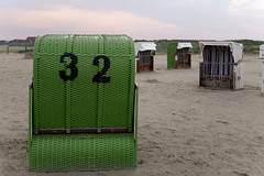 Strandkorb 32.jpg (Knipser31405) Tags: 2018 norddeich niedersachsen nordsee frühjahr