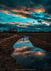 silent (fotos_by_toddi) Tags: fotosbytoddi voerde niederrhein nrw nordrhein westfalen wolken wasser natur nature clouds cloudy bewölkt water bach stimmung sony sonya7 sky sonyalpha7 alpha a7 alpha7