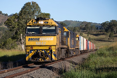 Out of the Range (PJ Reading) Tags: cargo goods freight locomotive diesel nrclass anclass pacnat pn pacificnational nsw newsouthwales australia queensland qld border northcoastline ncl northcoast melbourne brisbane sydney intermodal container superfreighter