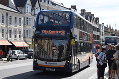 SO 10673 @ High Street, Oxford (ianjpoole) Tags: stagecoach oxfordshire alexander dennia enviro 400mmc sn16oyv 10673 working route 3 the oval rose hill oxford westgate